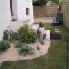 Terrasse et jardin à Beaune après les travaux d'aménagement