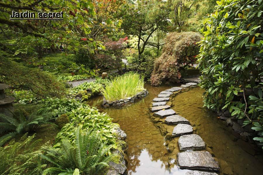 Jardin design zen japonais moderne un jardin pas for Jardin secret 78
